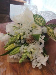 山口県 結婚相談所 お祝い 花束