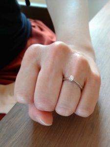 プロポーズリング 婚約指輪